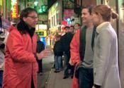 С Тоби Магуайером и Кирстен Данст на съемках «Человек-паук 2» (2004)